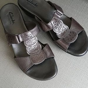 Clark's Bendables Sandals